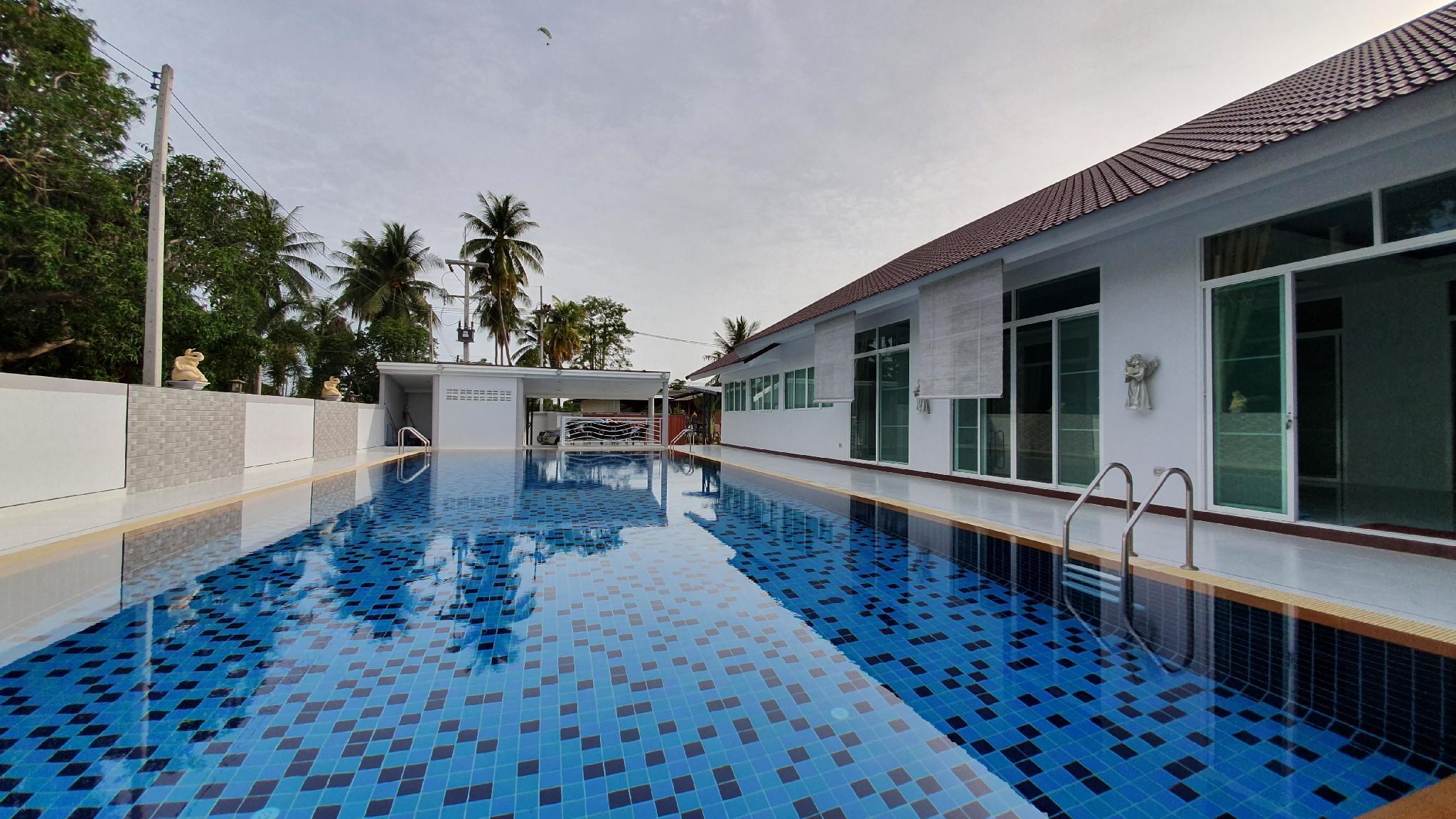 White Angel Pool Villa วิลลา 5 ห้องนอน 5 ห้องน้ำส่วนตัว ขนาด 1600 ตร.ม. – หนองปลาไหล