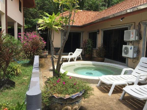 Cozy three-bedroom Villa with sea views Phuket