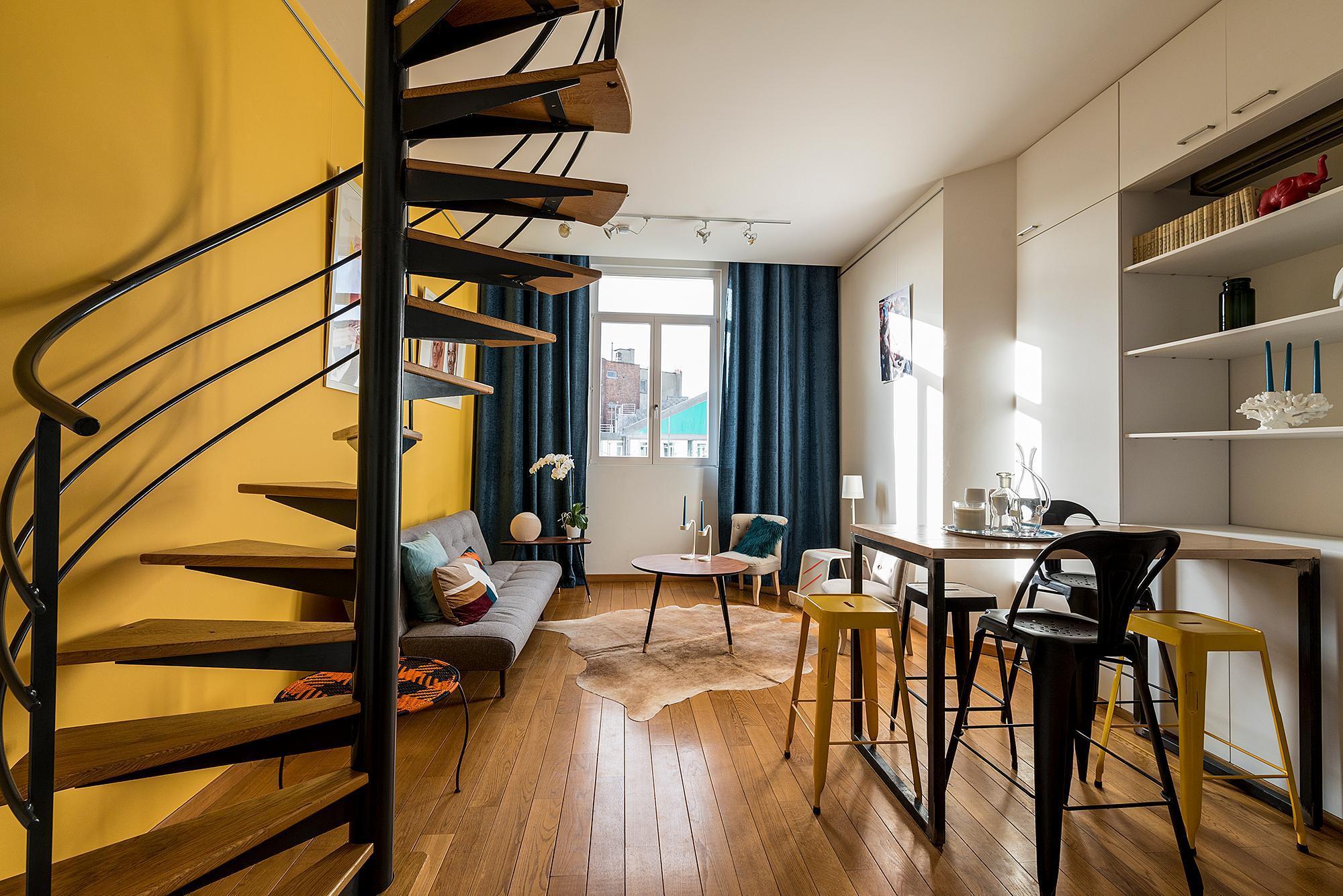Bright Duplex Residence   Brussels City Center