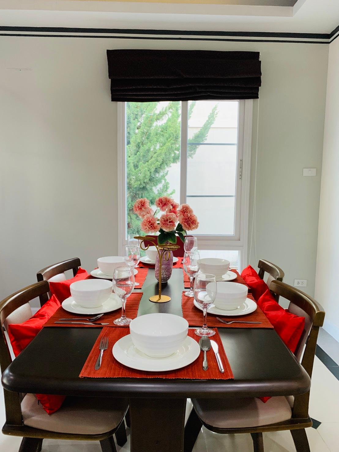 UNFORGETTABLE House In Town  FREE AIRPORT PICK UP