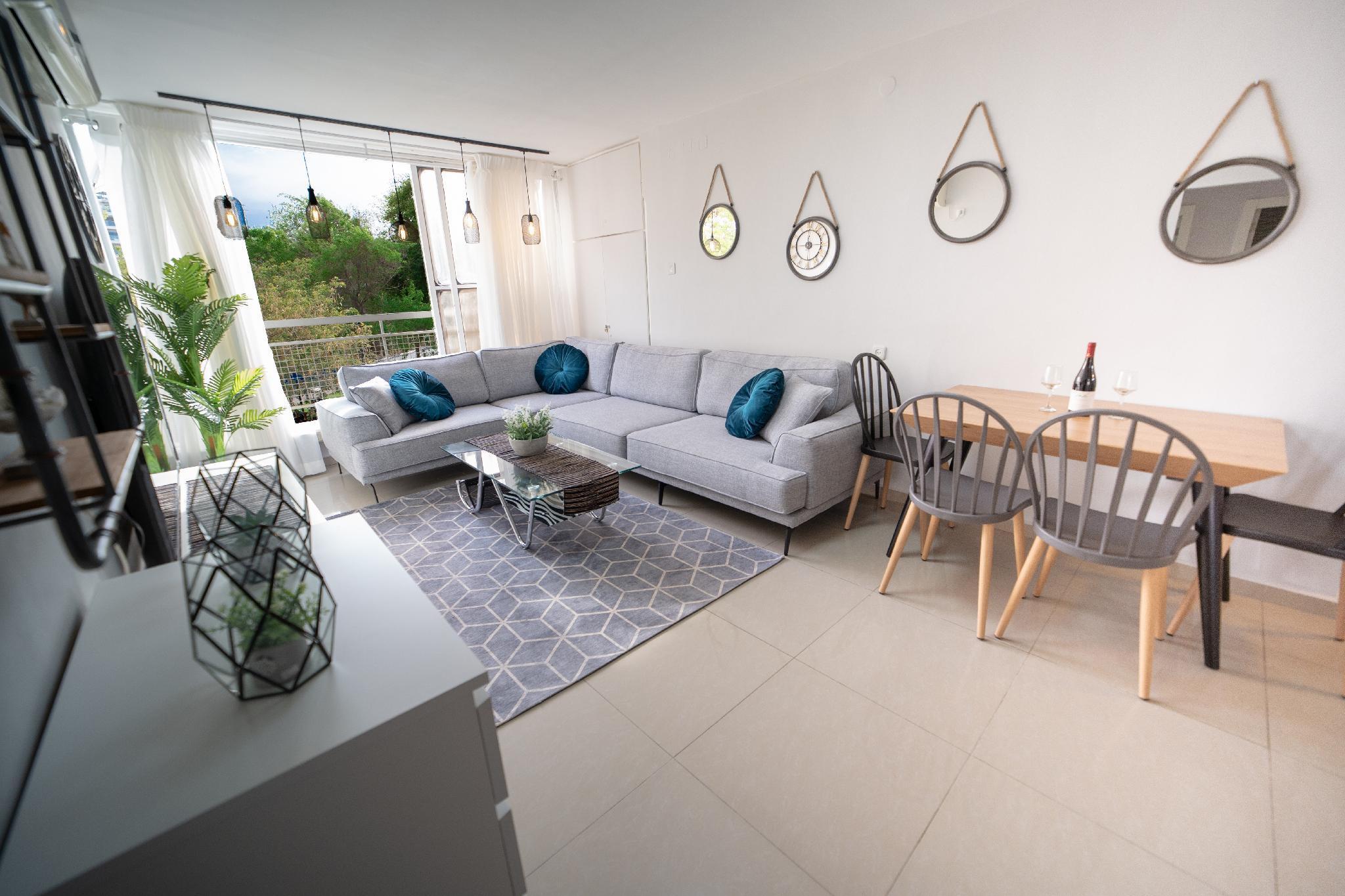 Designed Amazing 3BR Apartment