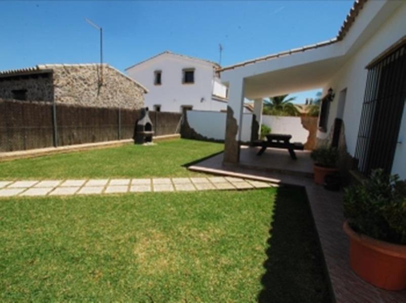 Casas Con Piscina En Roches 2