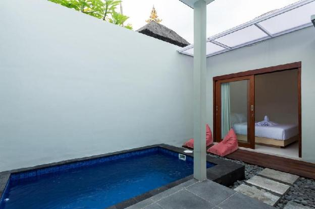 Quite Romantic Plunge Pool Villa Radea