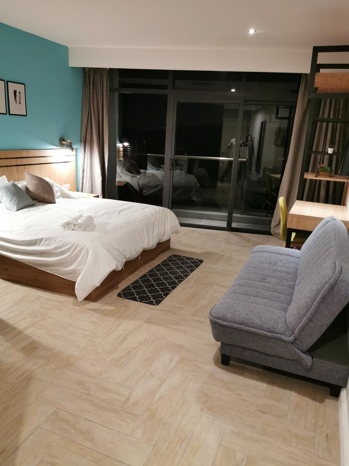 (New)Comfy Suite ( Self check in)
