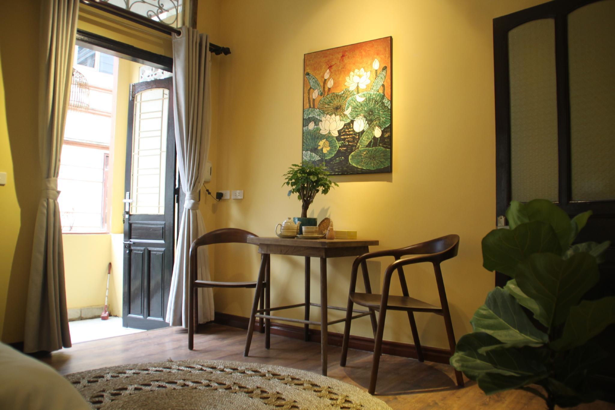 Ellogia Ananas by Hostesk,quiet streetview balcony