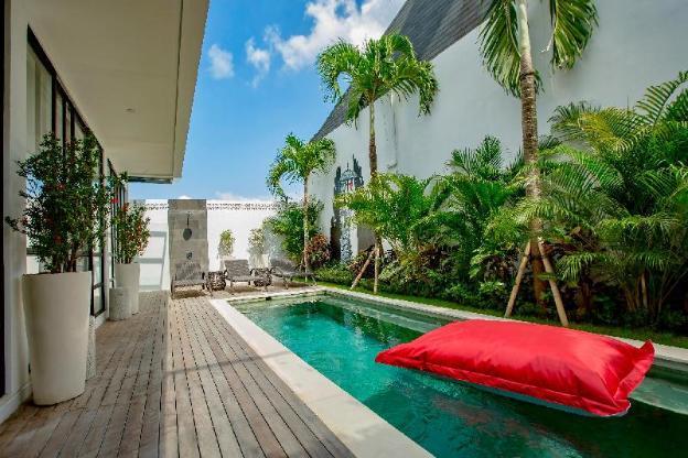 Luxury Villa with private pool in Berawa Canggu