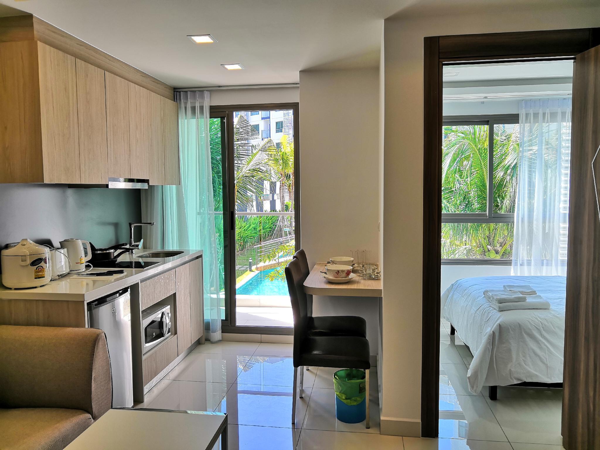 Arcadia Beach Resort Pool View Suite