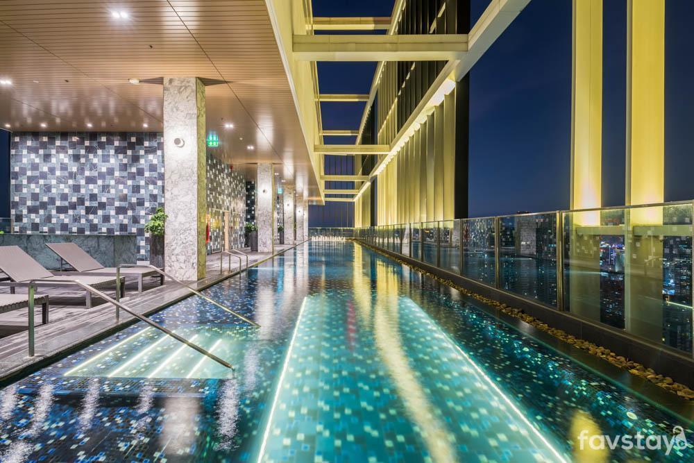 Contemporary and Modern with Sky Pool near BTS อพาร์ตเมนต์ 2 ห้องนอน 1 ห้องน้ำส่วนตัว ขนาด 58 ตร.ม. – สุขุมวิท