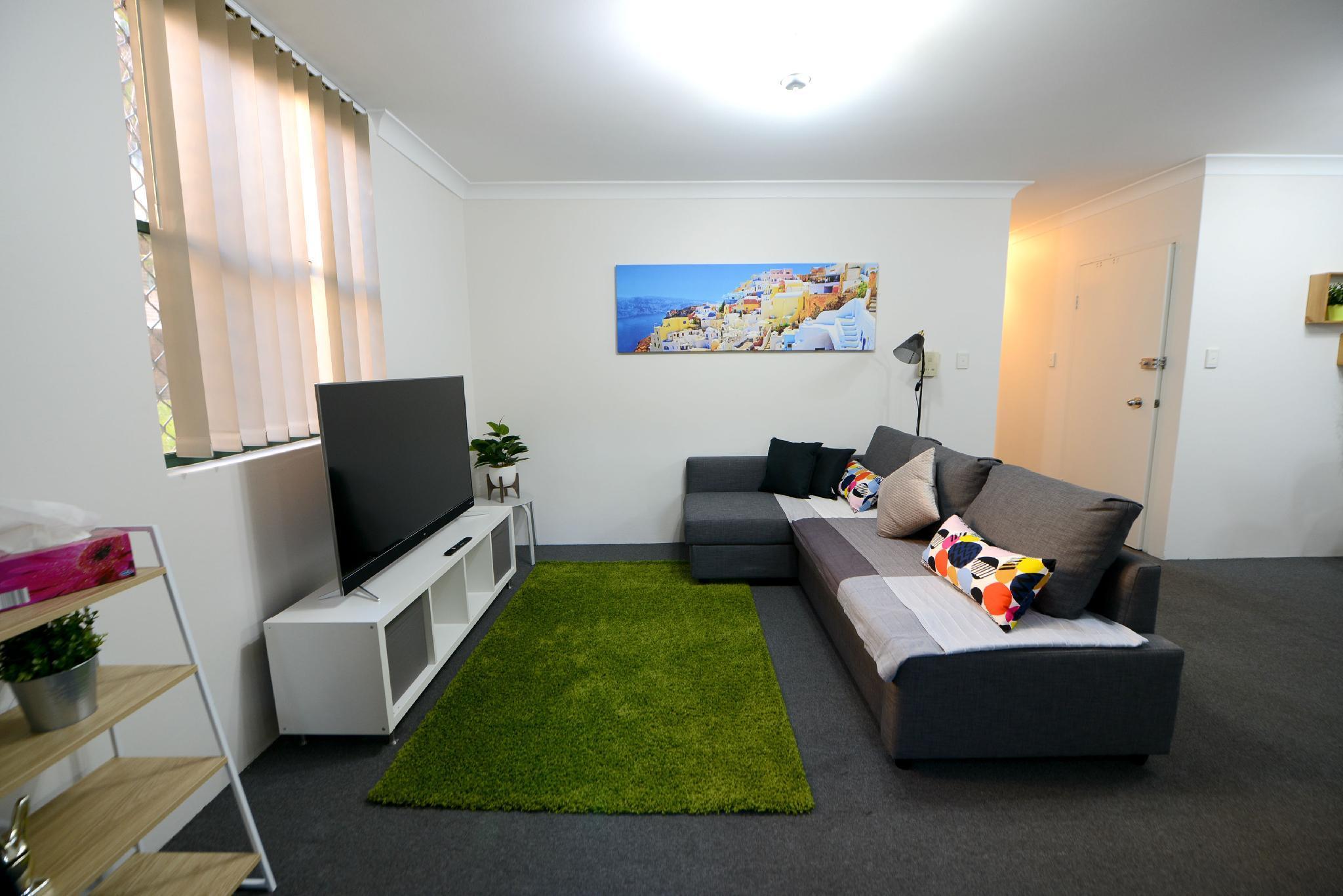 B45 Budget Gateway Sydney CBD @ Chippendale Green