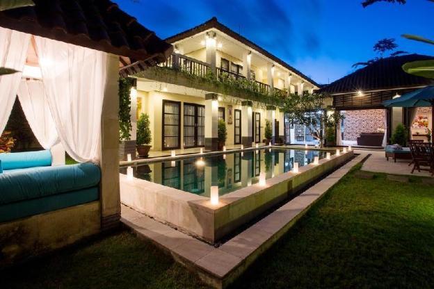 Luxury Family Villa with 4BR Seminyak