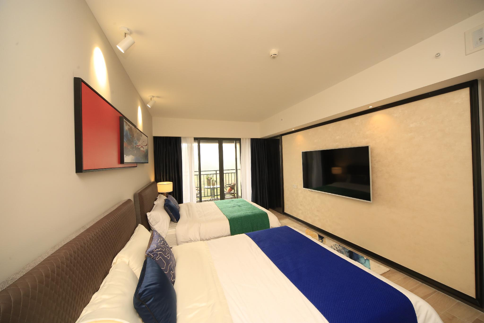 Comfortable Garden Double Bedroom