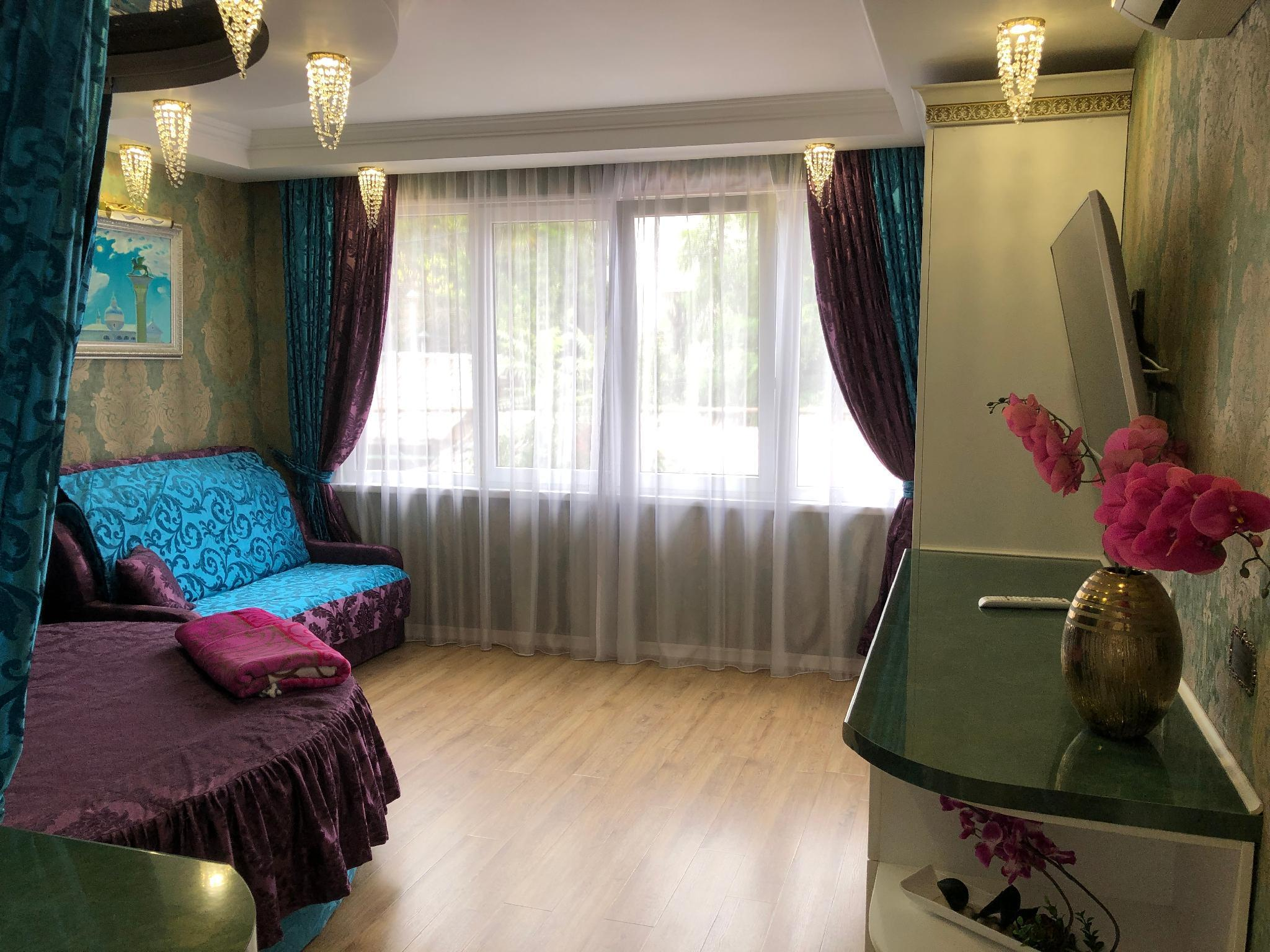 Apartments In Sochi With Designer Renovation
