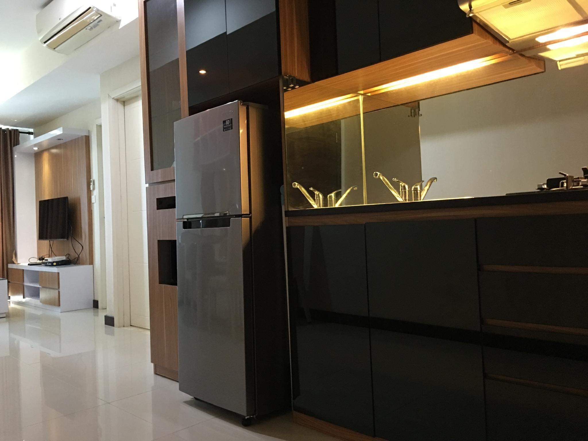 Neat And Comfy 1 Bedroom Apartment Kota Kasablanka