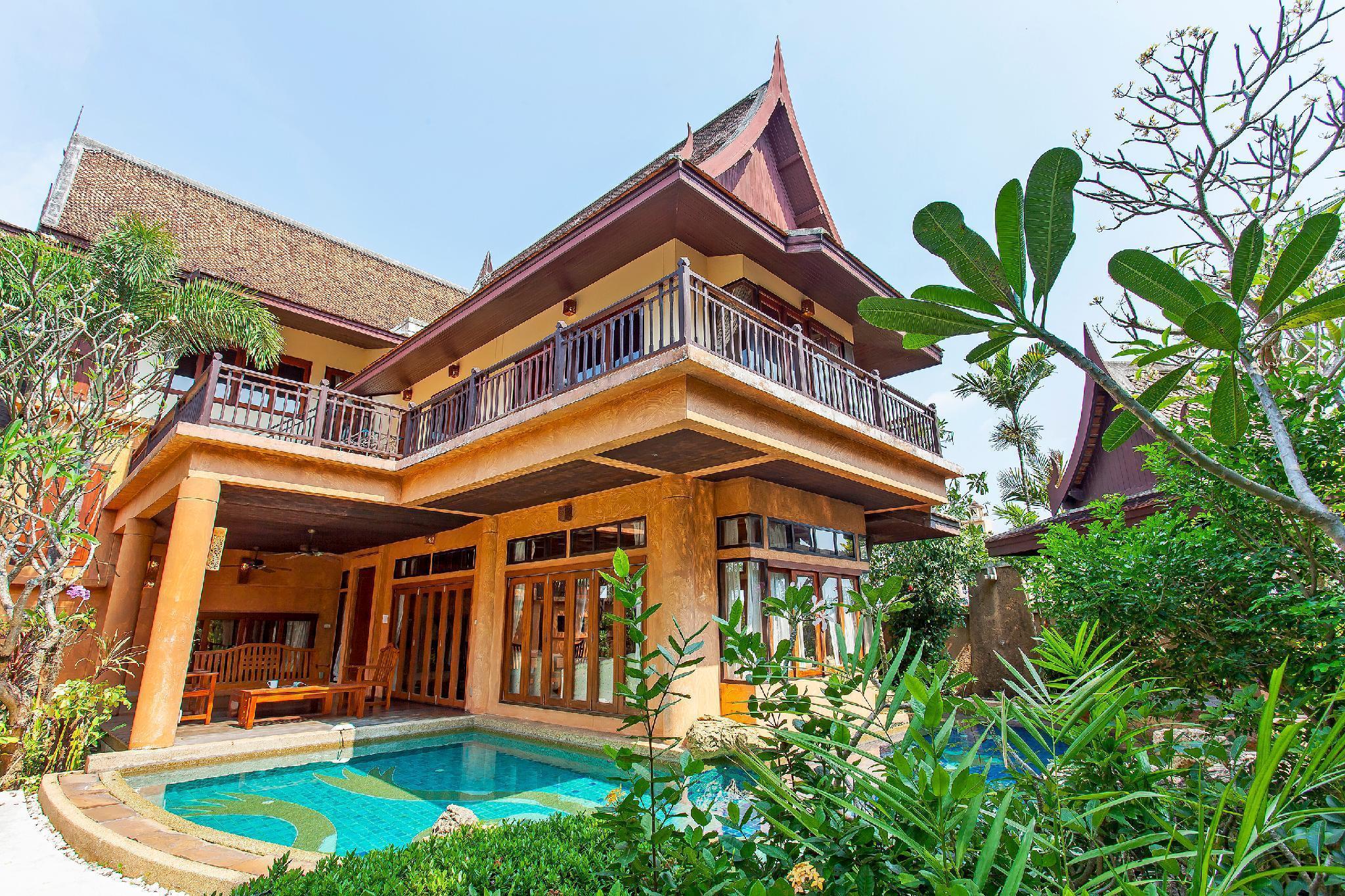 Lotus Breeze | 4BR Traditional Thai Villa, Jomtien วิลลา 4 ห้องนอน 5 ห้องน้ำส่วนตัว ขนาด 240 ตร.ม. – นาจอมเทียน
