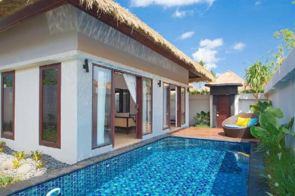 2 Bedroom Beach View  Pool Villa at Lembongan  Bali