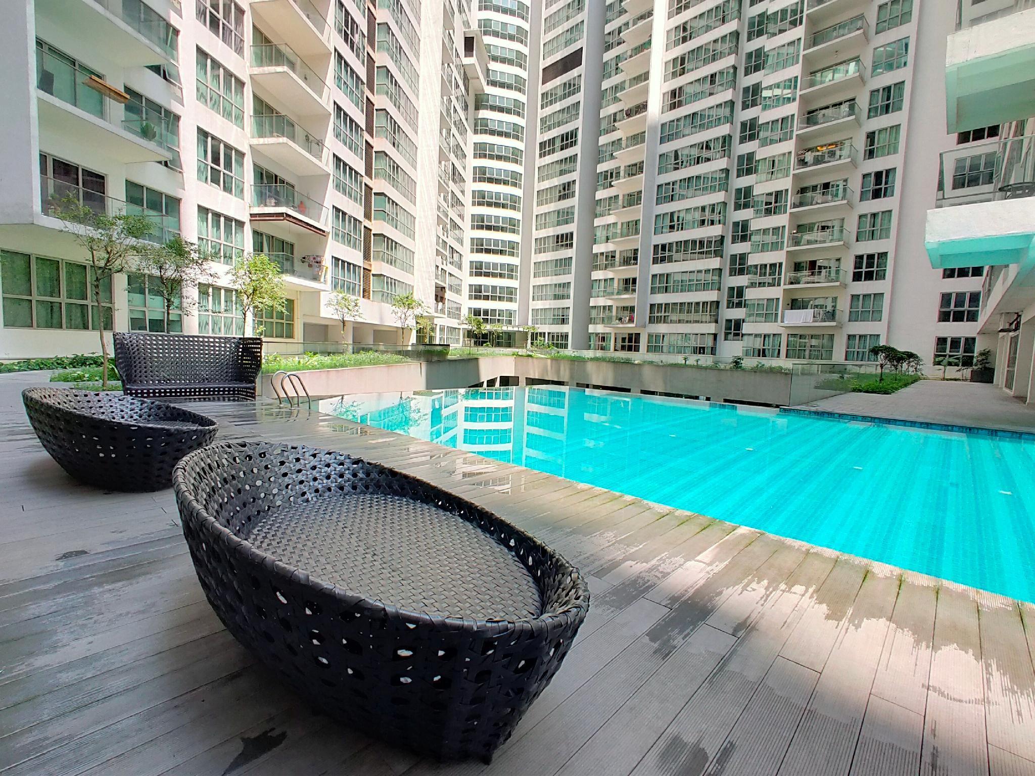 KLCC Infinity Pool @ Evergreen Suite